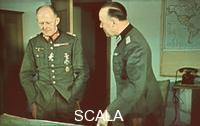 ******** Hitler's headquarter 'Wolfsschanze'. General Alfred Jodl (on the left) and Generale Scherff.