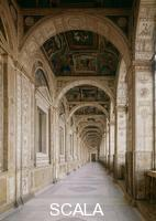 ******** View of the interior towards the entrance to the Second Loggia