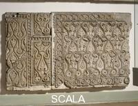 Islamic art C Style wall decoration of a private home from Samarra (House 1, Room 1), 9th cent.