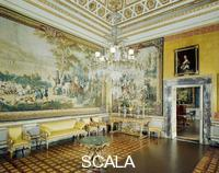******** Sala Gialla (Yellow Room) with tapestries