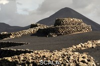******** El Cuchillo volcano located in Tinajo on Lanzarote Island. Tinajo, Lanzarote Island, Canary Islands, Spain.