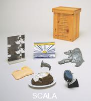 ******** 7 Objects in a Box, 1965-66 (published 1966). Includes: Allan D'Arcangelo, Side-view mirror, 1965 (a); Jim Dine, Rainbow Faucet, 1965 (b); Roy Lichtenstein, Sunrise, 1965 (c); Claes Oldenburg, Baked Potato, 1966 (d); George Segal, Chicken, 1966 (e); Andy Warhol, Kiss, 1966 (f); Tom Wesselmann, Little Nude (g). Objects assembled by Rosa Esman