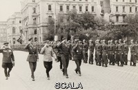 ******** Siegesparade der Alliierten . Vienna 1945-1955 Allied occupation period. Victory parade of the allies at Schwarzenbergplatz. May 8th 1952. Photograph.