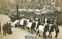 ******** Founders Week Parade, Philadelphia, Pennsylvania, USA. Founders Week Parade, 9 October 1908, Philadelphia, Pennsylvania, USA. The float shown represents the Old Ironsides (railway engines) of 1832. . Unattributed postcard
